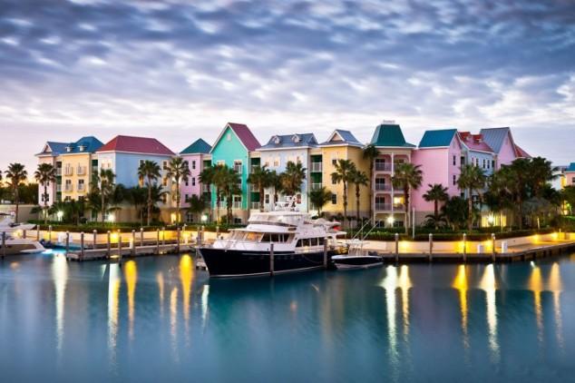 πολύχρωμες πόλεις - Atlantis-Resort-Villas-Paradise-Island-Nassau-Bahamas