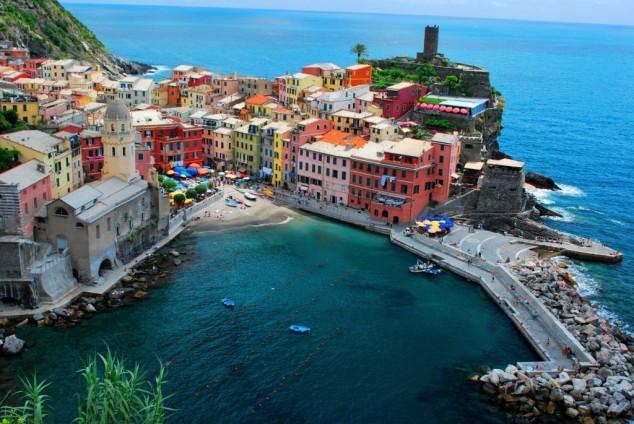 πολύχρωμες πόλεις - cinque_terre_vernazza