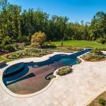 Πισίνα στο σχήμα ενός Stradivarius βιολί5