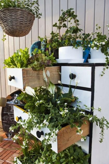 DIY Γλάστρες Κήπου από παλιά υλικά