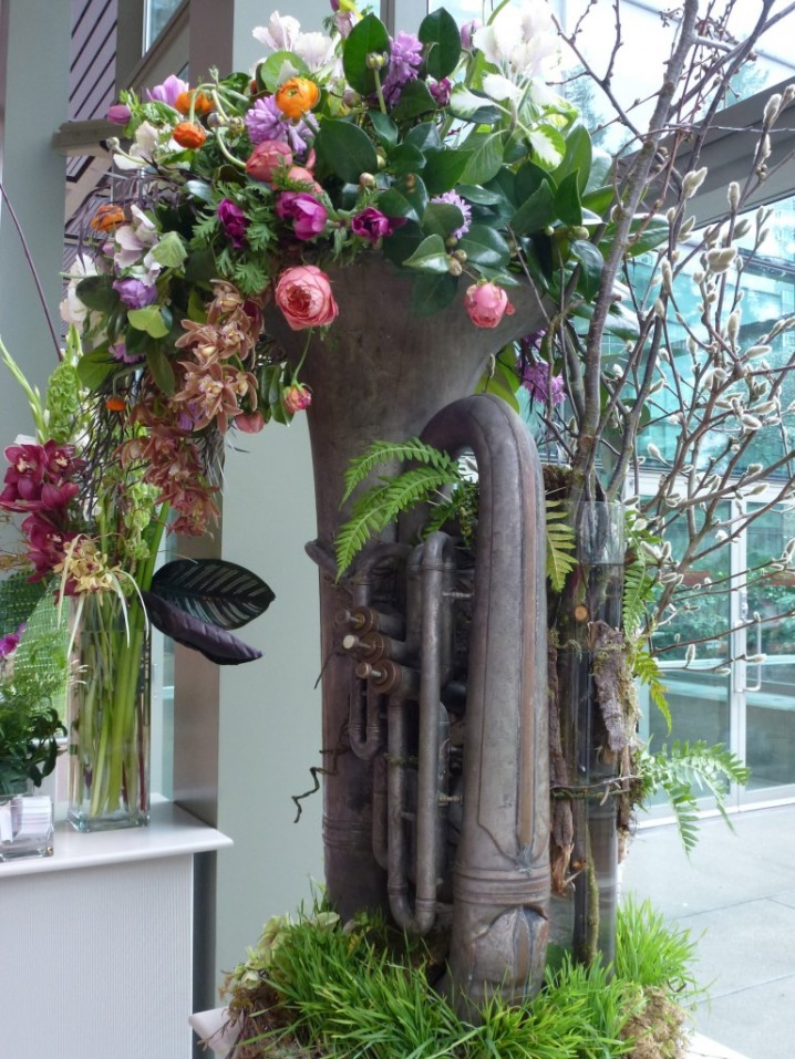 DIY Γλάστρες Κήπου από παλιά υλικά10