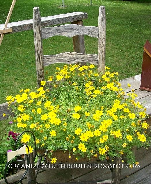 DIY Γλάστρες Κήπου από παλιά υλικά12