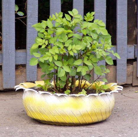 DIY Γλάστρες Κήπου από παλιά υλικά16