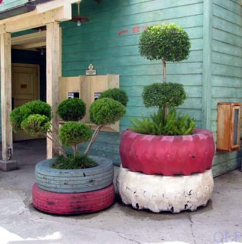 DIY Γλάστρες Κήπου από παλιά υλικά20