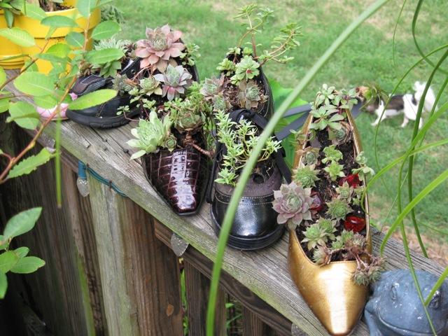 DIY Γλάστρες Κήπου από παλιά υλικά5