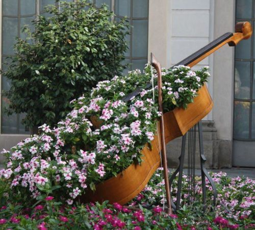 DIY Γλάστρες Κήπου από παλιά υλικά9