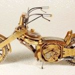 Dmitriy-Khristenko-motocykle-zo-starych-hodiniek-1