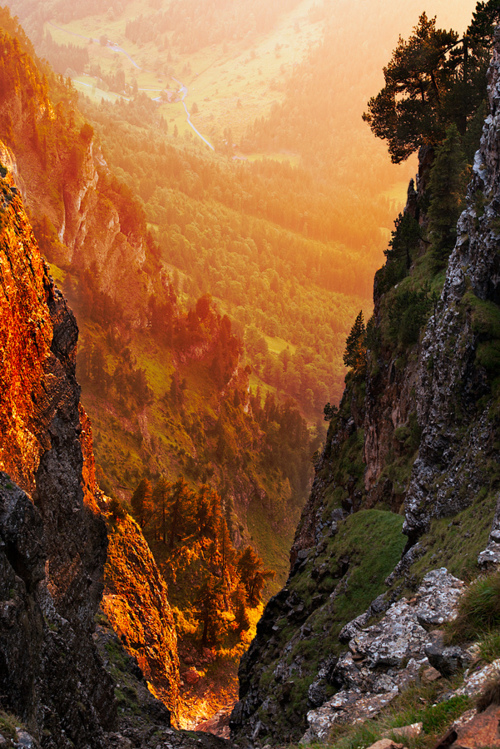 Golden-Canyon-Swiss-Alps