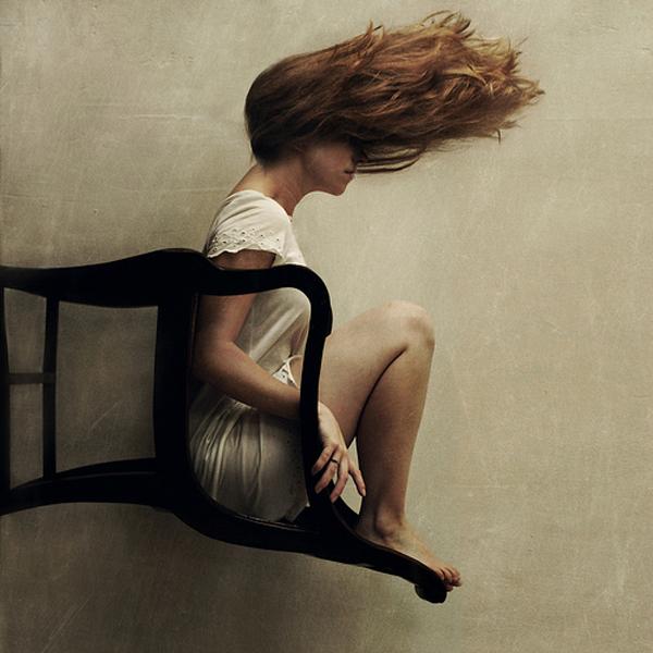 Η γυναίκα στην καρέκλα
