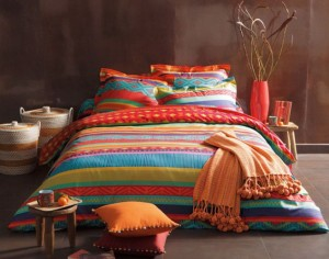 inspirations-minimalist-modern-bed-cover-with-striped-decor