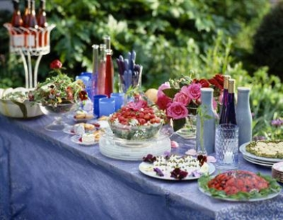Garden-Party-Decoration-Ideas-10
