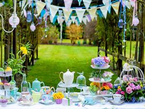 Garden-Party-Decoration-Ideas-8