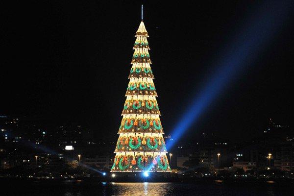 Τα πιο όμορφα χριστουγεννιάτικα δέντρα στον κόσμο11