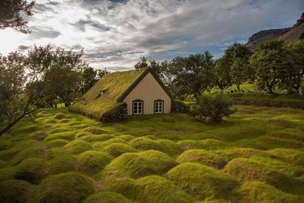 σπίτια στη μέση της φύσης2