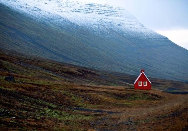 σπίτια στη μέση της φύσης26
