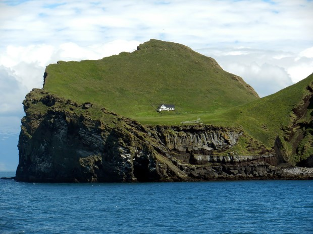 σπίτια στη μέση της φύσης3