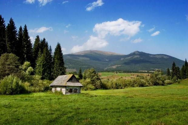 σπίτια στη μέση της φύσης30