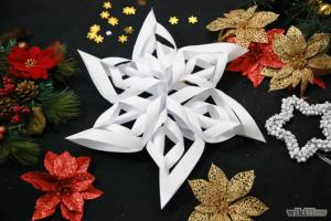 Χιονόμπαλα από χαρτί