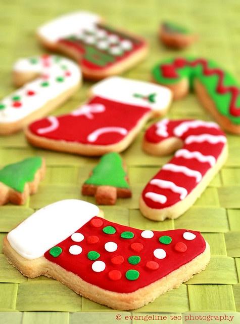 Χριστουγεννιάτικα χρωματιστά μπισκοτάκια