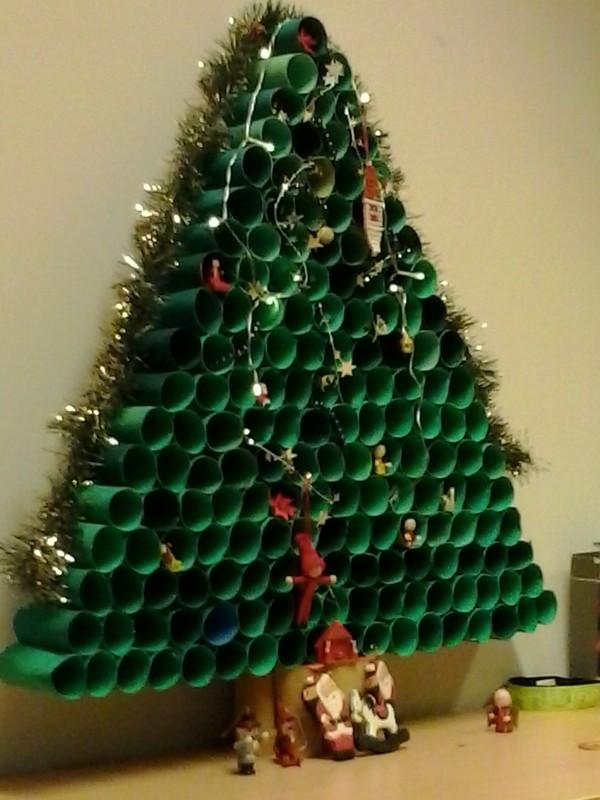 Χριστουγεννιάτικο Δέντρο από χαρτί ρολού τουαλέτας