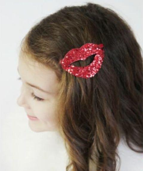 Ιδέες για Αξεσουάρ μαλλιών για Valentine's Day1