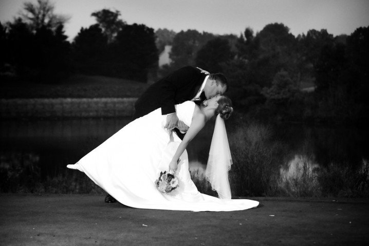 ασπρόμαυρη φωτογραφία γάμου ιδέες13