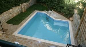 Πισίνα2