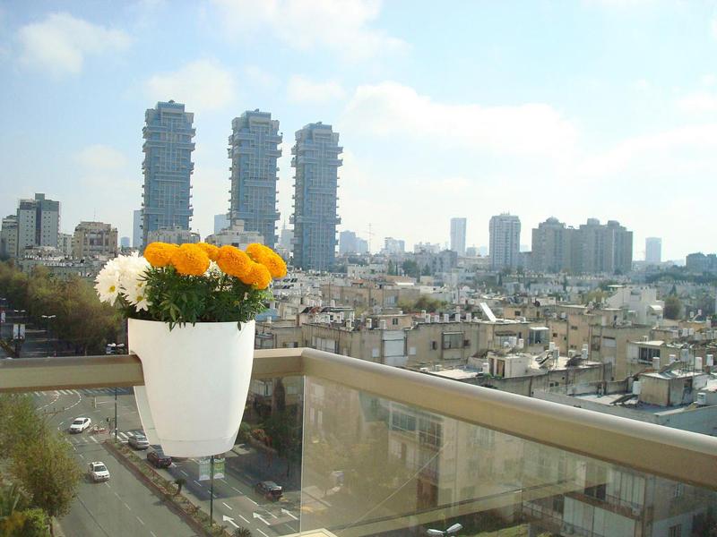 Μπαλκόνι μέσα στην πόλη