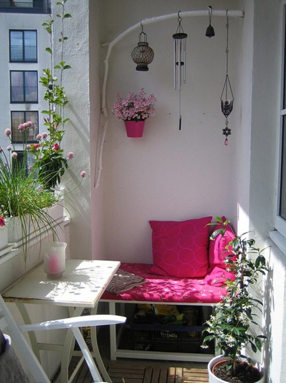 Μπαλκόνι με λουλούδια1