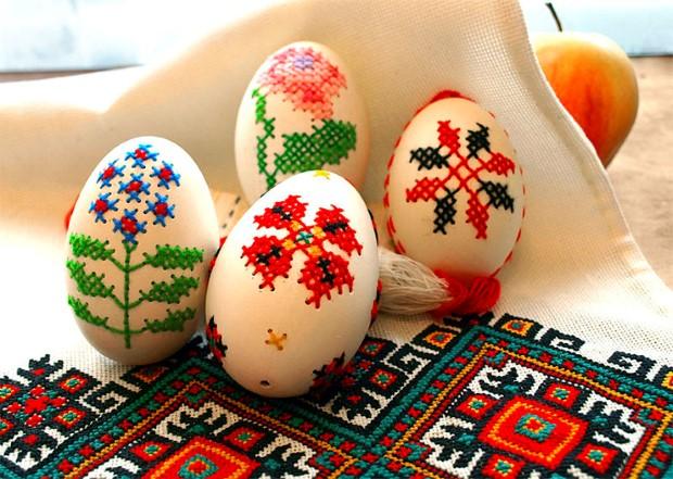 Diy Κεντητά Πασχαλινά αυγά1