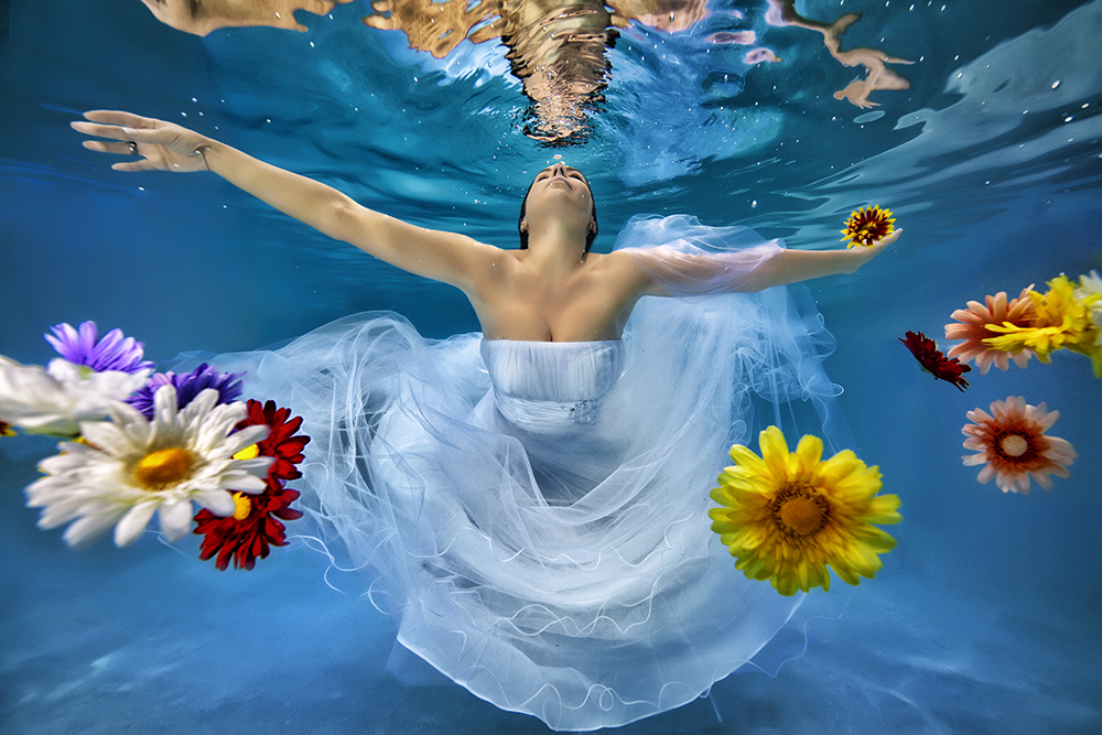 Underwater-Wedding-Photographs-5
