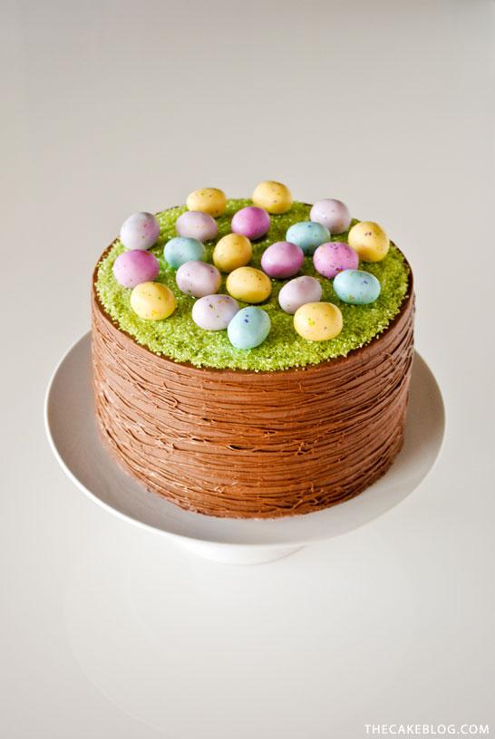Κέϊκ Καλάθι με αυγά