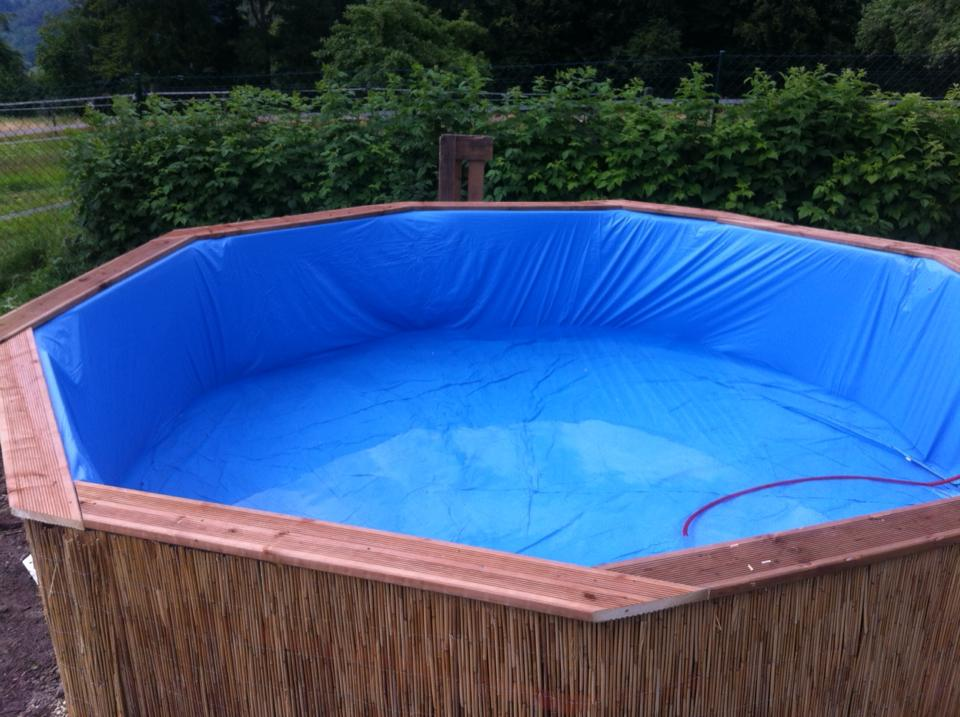 πισίνα φτιαγμένη από 10 παλέτες7