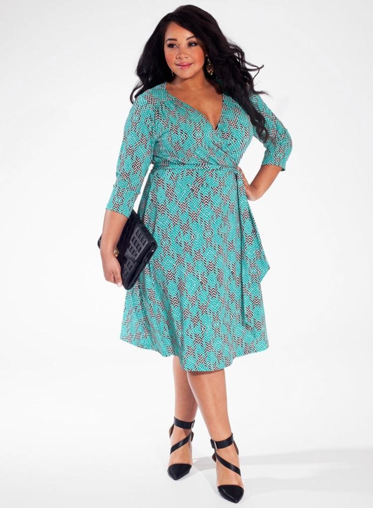 Φορέματα σε μεγάλα μεγέθη - μόδα για γυναίκες με καμπύλες41