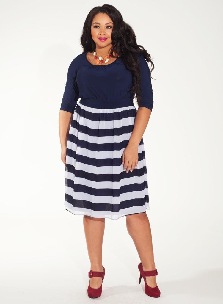 Φορέματα σε μεγάλα μεγέθη - μόδα για γυναίκες με καμπύλες42