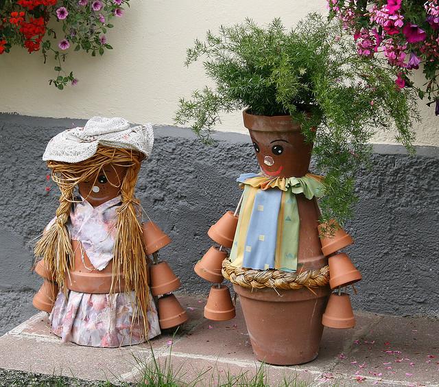 διασκεδαστικές κατασκευές με γλάστρες για τον κήπο15