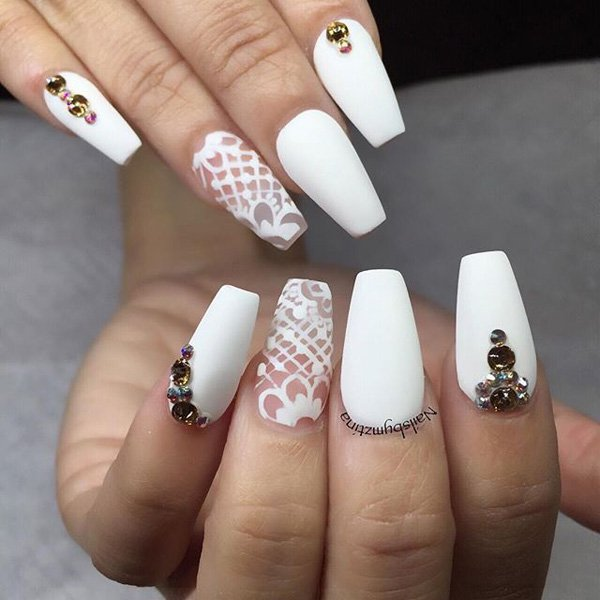 Ιδέες τέχνης νυχιών σε λευκό3