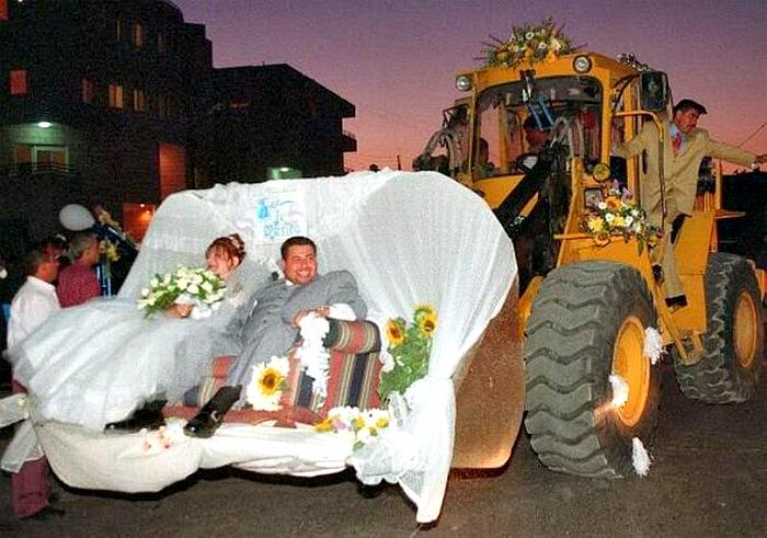 πρωτότυποι τρόποι για να πάει μια νύφη στο γάμο1