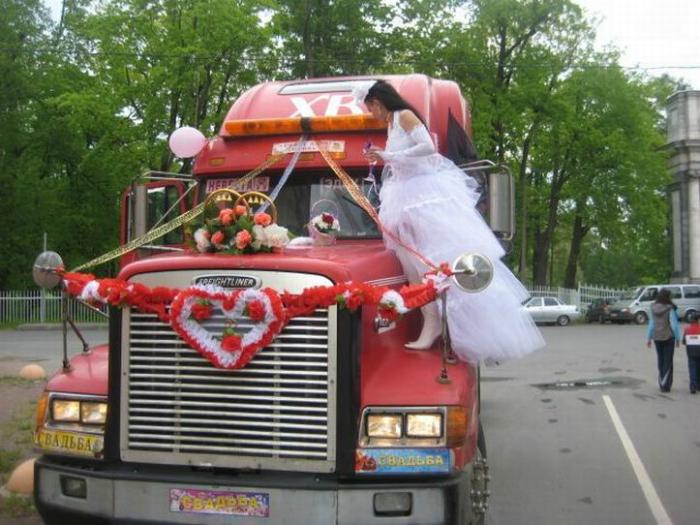 πρωτότυποι τρόποι για να πάει μια νύφη στο γάμο3