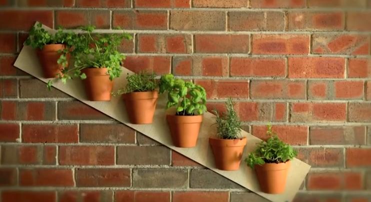 DIY - Κάθετος Κήπος