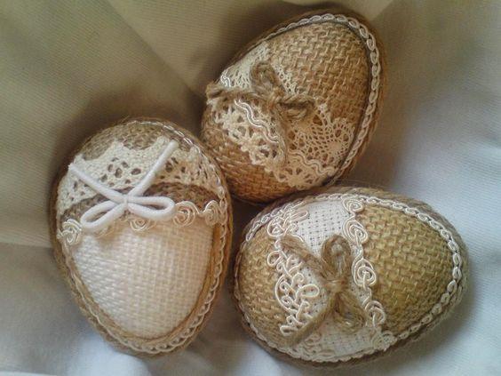 Πασχαλινά αυγά διακοσμημένα με σπάγκο και δαντέλα17