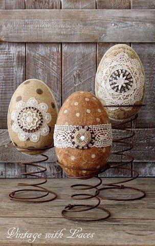 Πασχαλινά αυγά διακοσμημένα με σπάγκο και δαντέλα20