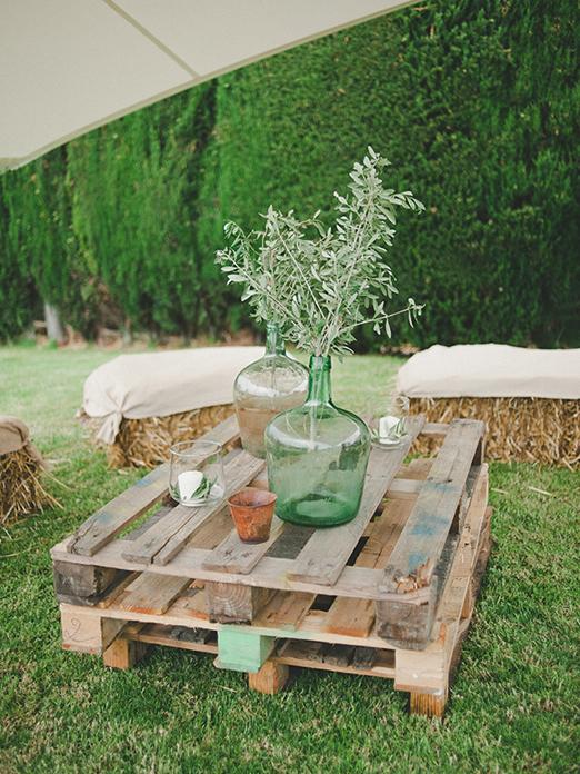 DIY ρουστίκ decor γάμου από παλέτες3