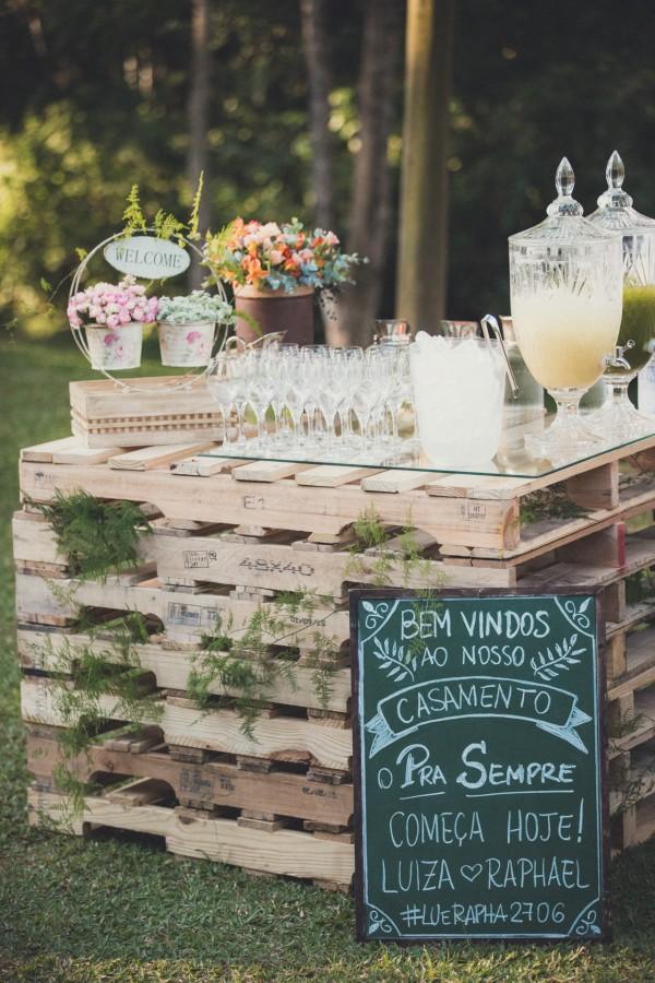 DIY ρουστίκ decor γάμου από παλέτες8