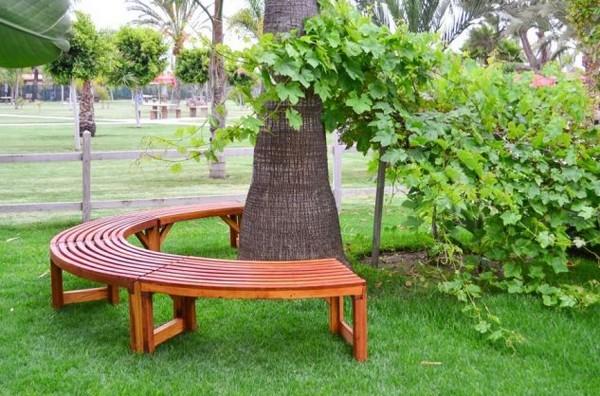 Παγκάκι γύρω από το δέντρο9