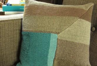 Χειμωνιάτικη Θαλπωρή: DIY πλεχτά Μαξιλάρια και από παλιά πουλόβερ